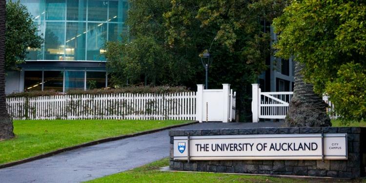 Auckland-University-tuyen-thang